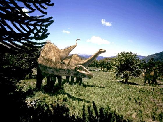 """Диплодоки. Кадр із фільму """"Прогулянки з динозаврами"""""""