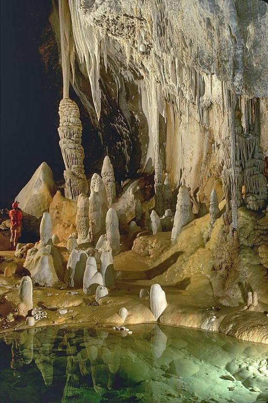 Печера Лечуґвіла у Нью Мексико, США